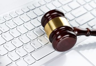 Types of Online Lawyers- Pros and Cons